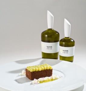 Torta al cacao ed olio extravergine Uliva 1111 cioccolato bianco e wasabi