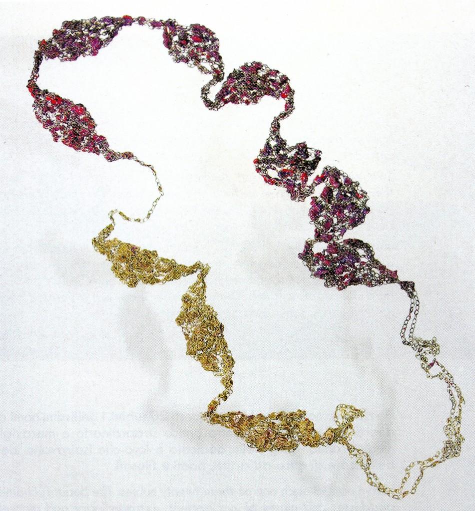 """L. Pattihis: """"Flow (Fileri)"""" - Collana di filo a catena in argento e smalti"""