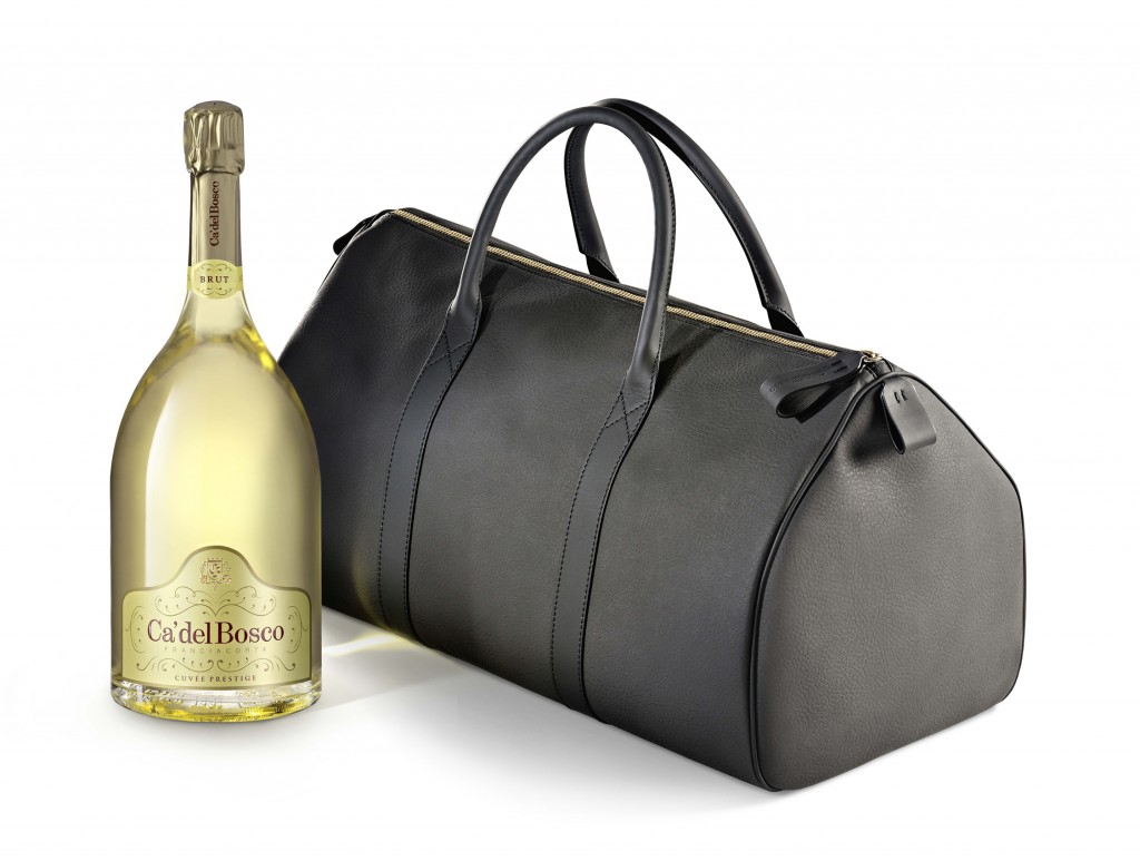 Ca'-del-Bosco-Franciacorta-Cuve-Prestige_weekenbd-bag_-3-litri_LIGHT