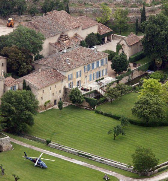 Château Miraval non si vende. E Pitt e Jolie lanciano l'olio d'oliva bio