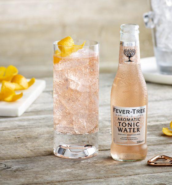 Pink e Light, il Gin Tonic 2017 secondo Fever-Tree (con ricette)